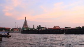 Wat Arun, twilight evening. Wat arun temple bangkok thailand in  twilight evening stock footage