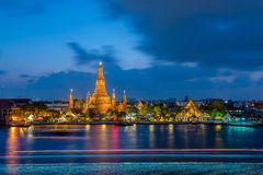 Wat Arun in Twilight Time Stock Images