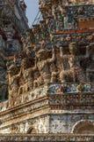 Wat Arun w Bangkok - świątynia świt Fotografia Royalty Free