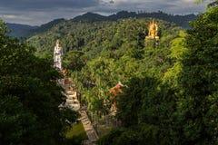 Wat Bang Riang em Tailândia, Ásia foto de stock