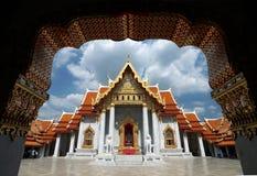 Wat Benchamabophit, de marmeren tempel van Boeddhisme in Bangkok stock afbeeldingen