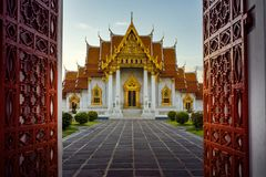 Free Wat Benchamabophit ,marble Temple One Of Most Popular Traveling Royalty Free Stock Photo - 130144685