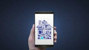 Wat betreft Internet van toestellen van het dingen de Slimme huis maakt het pictogram huisvorm in slimme mobiele telefoon, vector illustratie