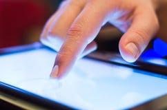 Wat betreft tablet-PC royalty-vrije stock afbeelding