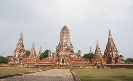 Wat Chai Wattanaram pagoder, den forntida buddistiska templet i historiska Ayutthaya parkerar, Thailand arkivfoto