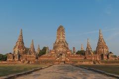 Wat Chaiwattanaram-Tempel in historischem Park Ayutthaya zur Abendzeit, Ayutthaya-Provinz, Thailand stockfoto