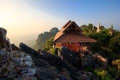 Wat Chalermprakiat alla provincia di Lampang Fotografie Stock