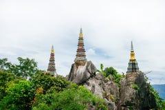 Wat Chalermprakiat Prajomklao Rachanusorn, tempio stupefacente sulla cima Fotografia Stock