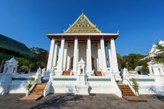 Wat Chaloem Prakiat i Nontaburi Arkivfoto