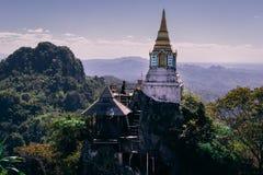 Wat Chaloemphrakiat in Thailand stockfotografie