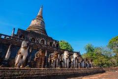 Wat Chang Lom Temple en el parque histórico del Si Satchanalai en Sukhothai, Tailandia Imagen de archivo libre de regalías
