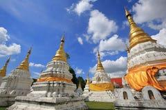 Wat Chedi圣地郎,佛教寺庙在Lampang, Tha北部  免版税库存照片