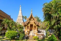 Wat Chedi Liam Ku Kham o templo de la pagoda ajustada en la ciudad antigua de Wiang Kum Kam, Chiang Mai, Tailandia fotografía de archivo libre de regalías