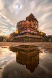 Wat Chedi Luang寺庙的古老塔700年在清迈 免版税库存照片