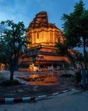 Wat Chedi Luang Buddhist Temple Tailândia Chiang Mai Asia foto de stock royalty free