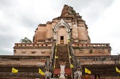 Wat Chedi Luang dans Chiang Mai Images libres de droits