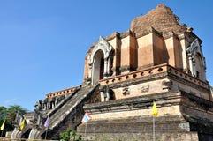 Wat Chedi Luang lizenzfreie stockfotografie
