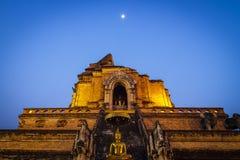 Wat Chedi Luang tempel i Chiang Mai, Thailand Arkivfoto
