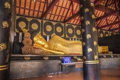 Wat Chedi Luang Varavihara, Chiang Mai, Tailandia immagine stock libera da diritti