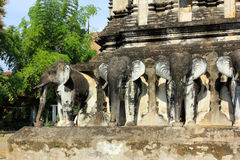 Wat Chiang Man buddistisk tempel, Chiang Mai - detaljer Fotografering för Bildbyråer