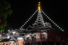 Wat Chong Klang e Wat Chong Kham al crepuscolo immagini stock