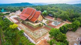 wat de tempel van Sirindhorn Wararam Phu Prao Royalty-vrije Stock Foto