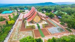 wat de tempel van Sirindhorn Wararam Phu Prao Royalty-vrije Stock Afbeeldingen