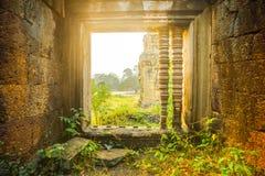 wat för angkorcambodia tempel forntida arkitektur Arkivfoton