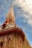 wat för chalongphuket tempel Royaltyfri Foto