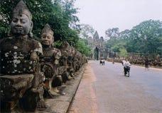 wat för tempel för angkorcamobodiaport Royaltyfri Bild