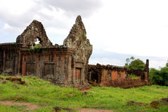 wat för tempel för champasaklaos phu Royaltyfria Bilder