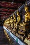 wat f?r buddha kaewphra royaltyfri bild