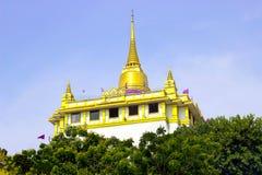 Wat Gold Mountain Fotografering för Bildbyråer