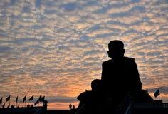 Wat Huay Mongkol au coucher du soleil Photo stock