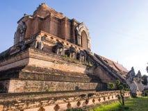 Wat Jedi Luang är en av de attraktivast i Chiangmai royaltyfri bild