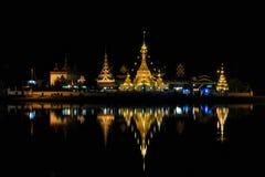 Wat Jong Klang i Wat Jong Kham przy nocą Zdjęcia Stock