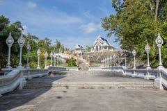 Wat Kaeo Ko Wararam известный висок в провинции Krabi, Таиланде Это красивый буддийский висок Стоковые Фотографии RF