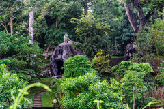 Wat Kaew Korawaram parkerar Royaltyfri Bild