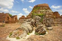 Wat Kudi Dao,阿尤特拉利夫雷斯 免版税库存照片