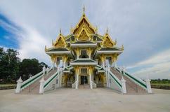 Wat kunintapramoonaungthong Arkivfoton