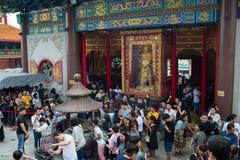 Wat Leng-noei-YI 2, le plus grand temple bouddhiste chinois dans Thail Photographie stock