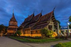 Wat Lok Molee på skymning, Chiang Mai, Thailand arkivbilder
