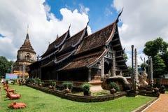 Wat Lok Moli är en buddistisk tempel i Chiang Mai, Thailand royaltyfria bilder