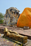 Wat Lokayasutharam寺庙的斜倚的菩萨在阿尤特拉利夫雷斯泰国 免版税库存照片