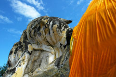 Wat Lokkayasutharam新月形面包的斜倚的菩萨,最大Phra洛坤Si阿尤特拉利夫雷斯 库存照片