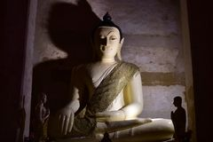 WAT MAE NANG PLEUM, Ayutthaya Таиланд стоковое изображение rf