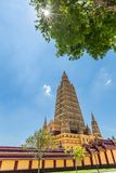 Wat Maha что ремень челки Wachiramongkol Wat известный висок в провинции Krabi, Таиланд Это красивый буддийский висок Стоковая Фотография