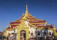 Wat mahamuni Arkivfoton