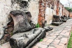 Wat Mahathat nel complesso del tempio buddista a Ayutthaya vicino a Bangkok thailand immagine stock libera da diritti
