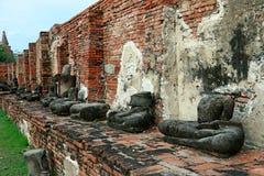 Wat Mahathat (tempel av den stora reliken eller tempel av den stora relikskrin) är det gemensamma korta namnet av flera viktig bu Royaltyfri Fotografi